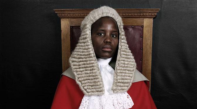Les juristes en Afrique : entre trajectoires d'État, sillons d'empire et mondialisation, par Sara Dezalay